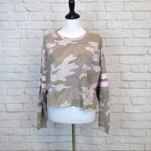Hollister 'Must Have' camo long sleeve crop top